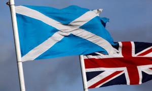 Le bandiere di Scozia e Regno Unito