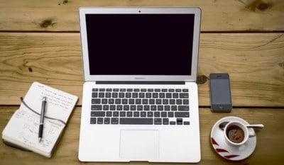 Perché aprire un blog aziendale. Ecco spiegati tutti i vantaggi di un corporate blog.